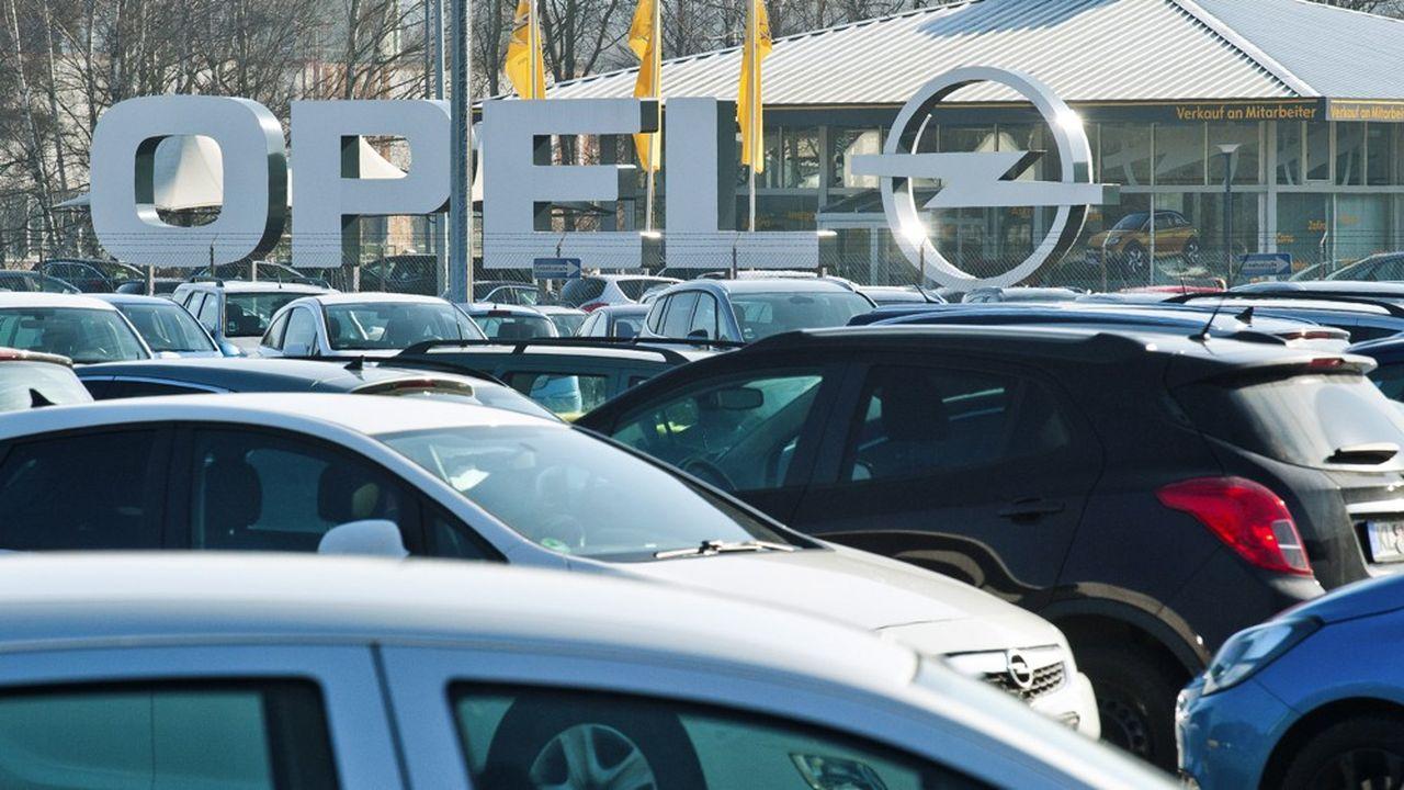Les détails du premier consortium et son degré de financement public restent à confirmer. Selon Reuters, il sera notamment formé par PSA, avec sa filiale Opel, et Saft.