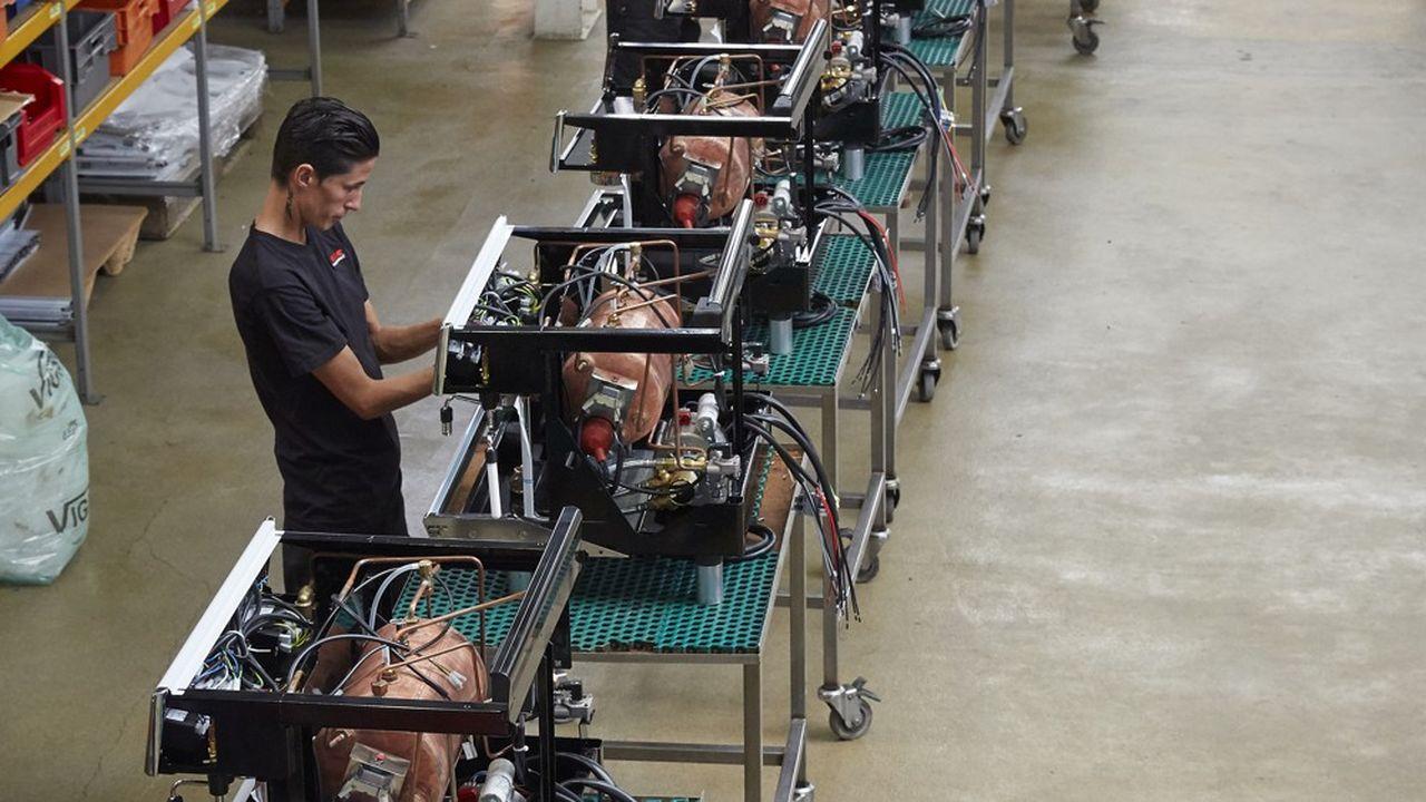Usine de montage machines Unic