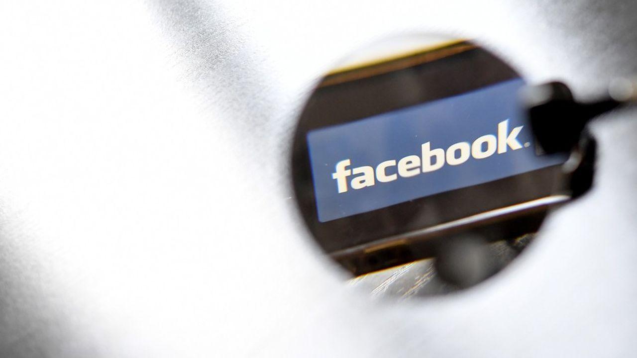 Le réseau social a indiqué que les personnes bannies étaient «des individus et organisations dangereux»