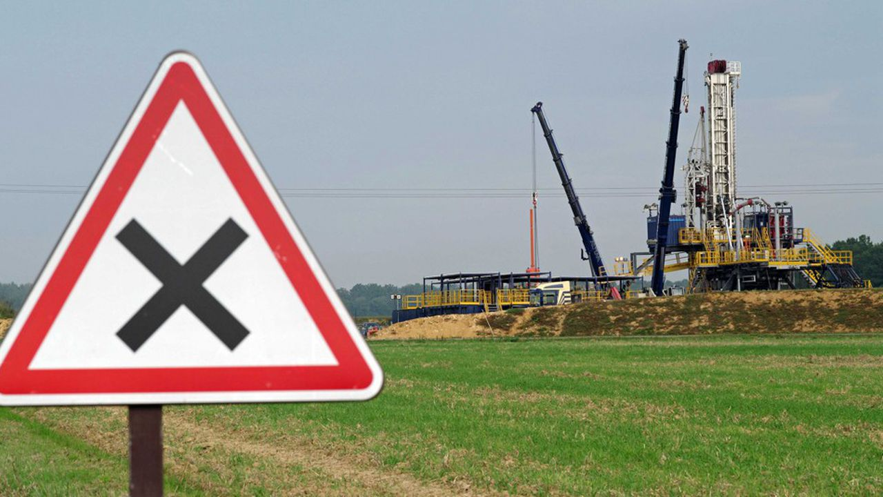 Une campagne de prospection de gaz de schiste, à Jouarre (Seine-et-Marne) en 2013.