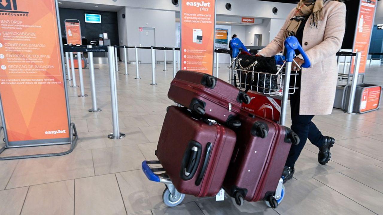 Depuis plus de deux ans, une partie des grandes compagnies «historiques» imite la politique des low cost en matière de frais de bagages.