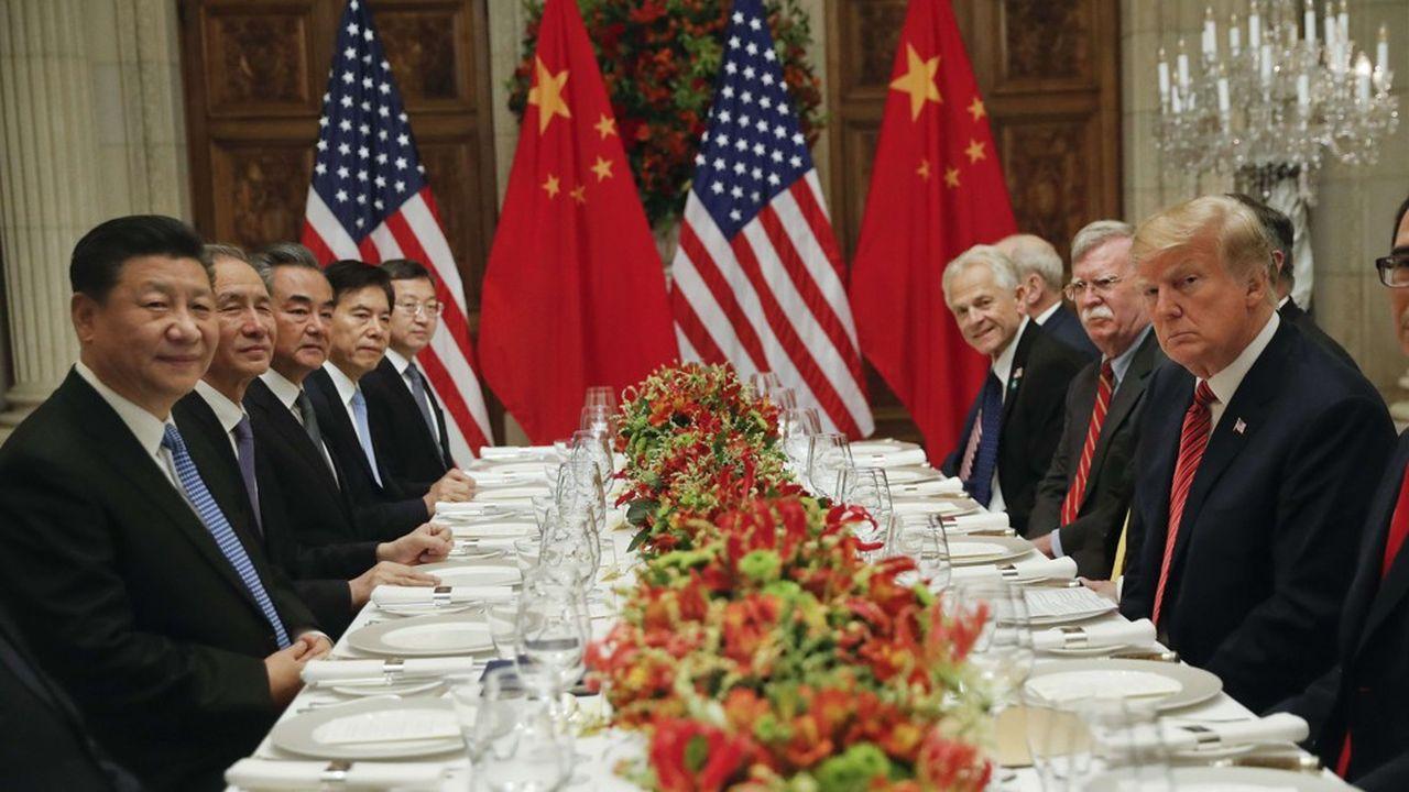 «Les surtaxes payées aux USA ont eu un impact très faible sur le coût des produits, qui est essentiellement supporté par la Chine, a justifié Trump dimanche.