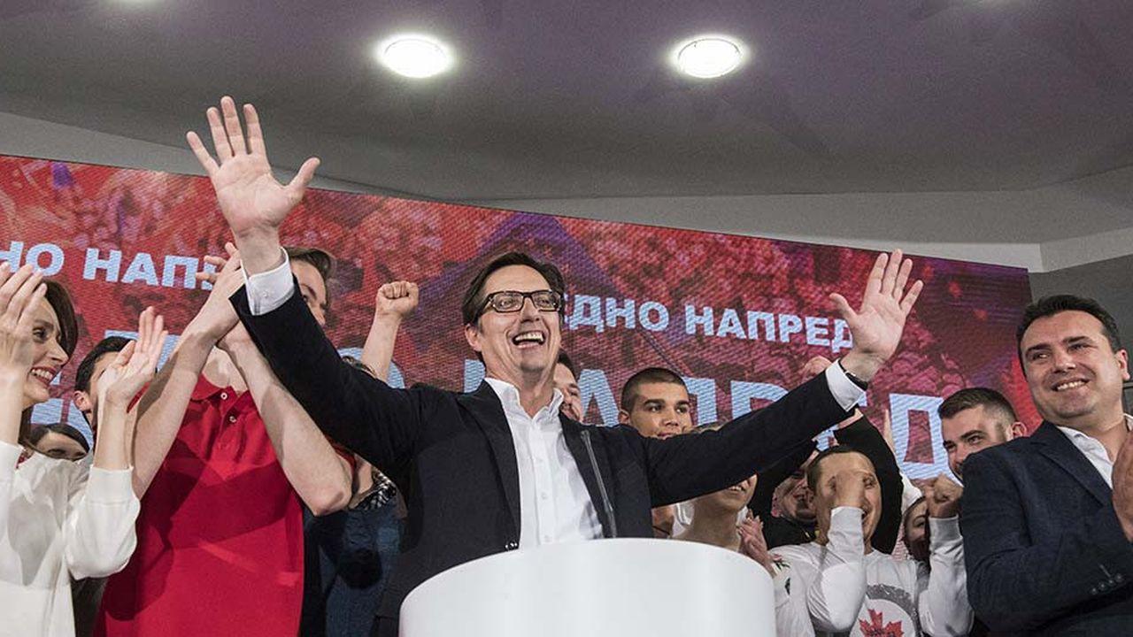 Le candidat proeuropéen, Stevo Pendarovski, a été élu président de la Macédoine du Nord, dimanche.