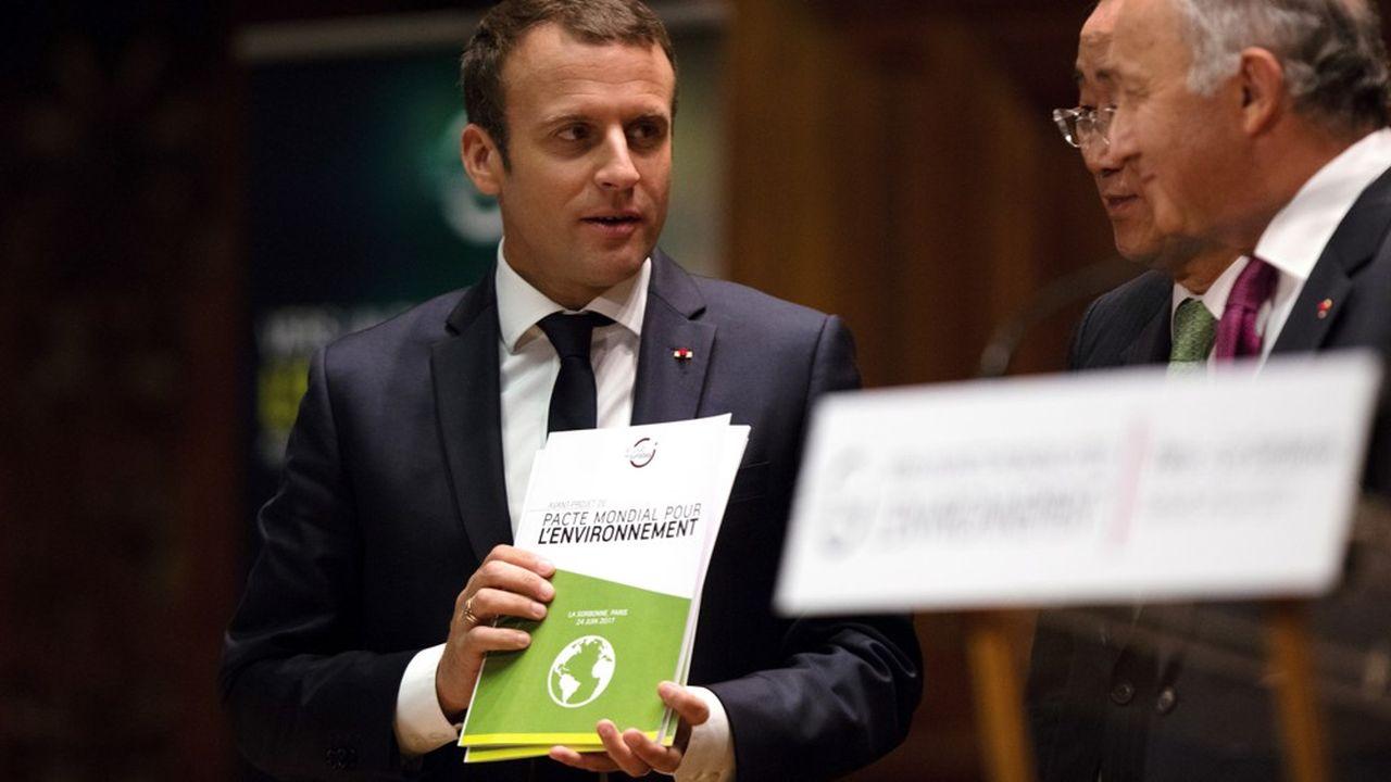 Emmanuel Macron, le président de la République, et Laurent Fabius, président du Conseil Constitutionnel, sont d'ardents défenseurs du projet de Pacte mondial pour l'environnement.