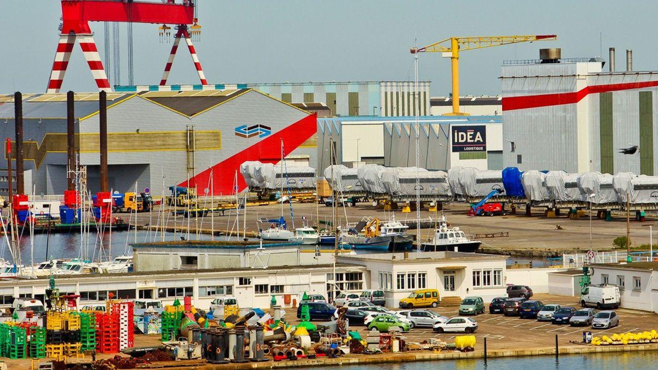Le bassin de saint Nazaire et les chantiers navals de l'Atlantique.
