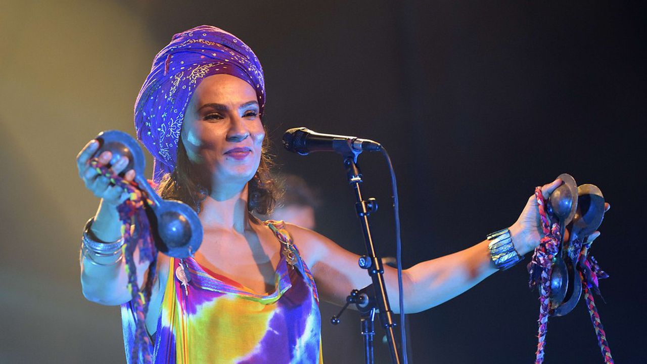 Oum, artiste marocaine d'origine saharienne, sera présente au festival.