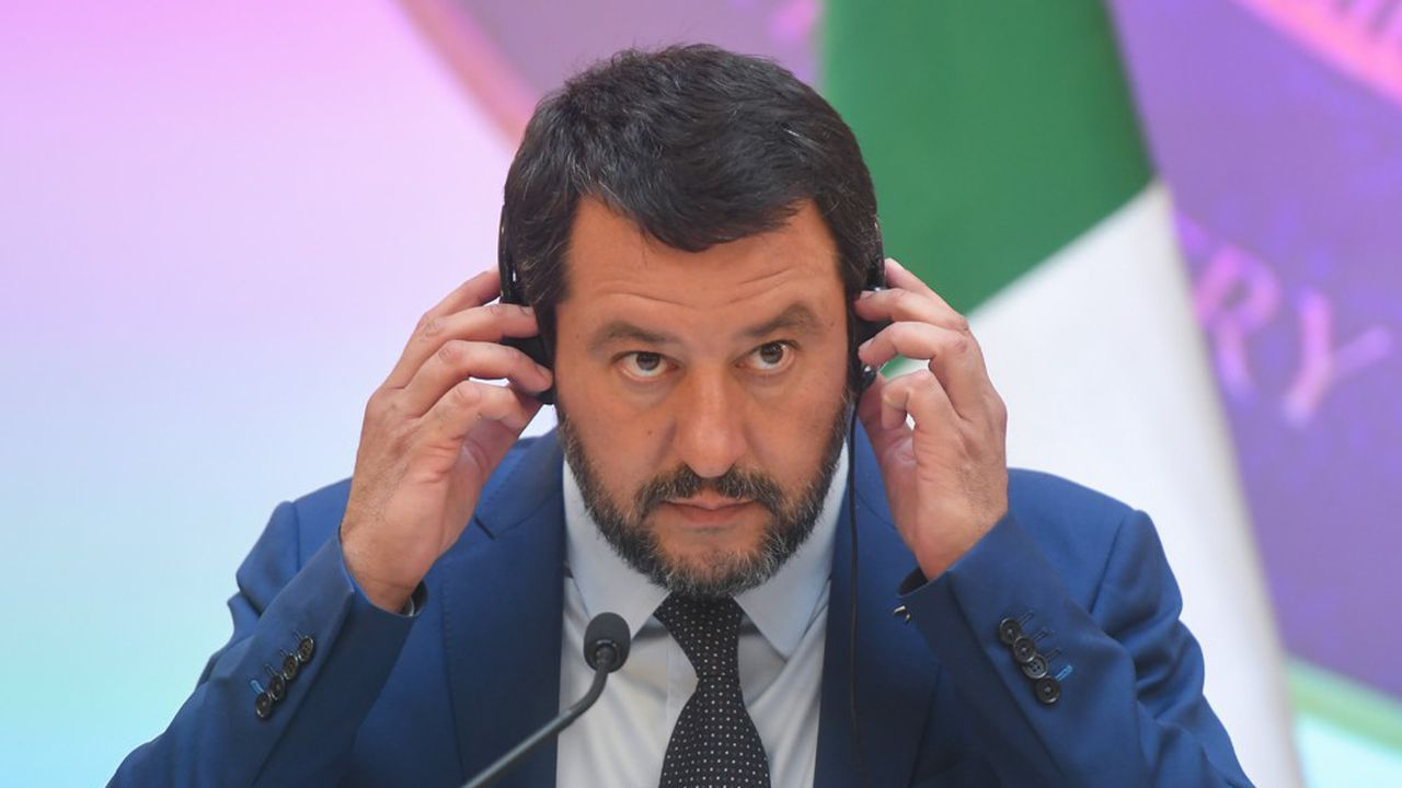 Matteo Salvini est récemment apparu, pour un meeting électoral, depuis un balcon où Mussolini avait lui même harangué la foule.