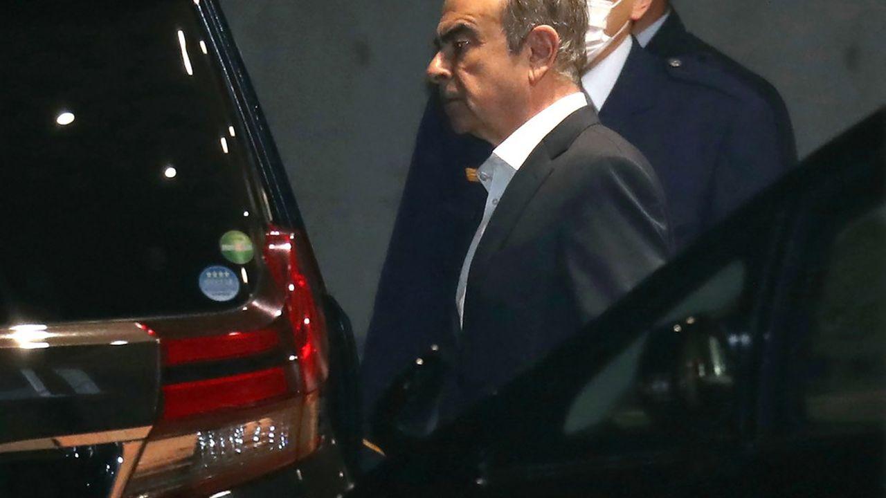 Carlos Ghosn est soupçonné d'avoir notamment détourné quelque 35millions de dollars vers les sociétés de sa femme et de son fils.