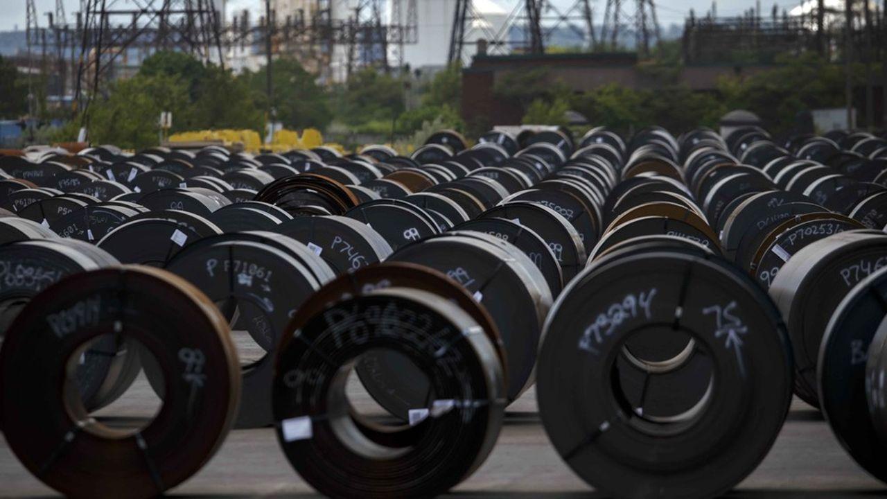 Le PDG d'ArcelorMittal a de nouveau mis en garde contre « les niveaux élevés d'importation [d'acier], particulièrement en Europe, où les mesures de sauvegarde introduites par la Commission européenne n'ont pas encore été complètement effectives ».