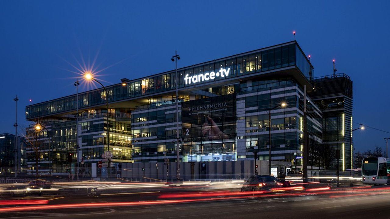 La direction de France Télévisions et les syndicats se sont entendus sur un nouveau plan de départs.