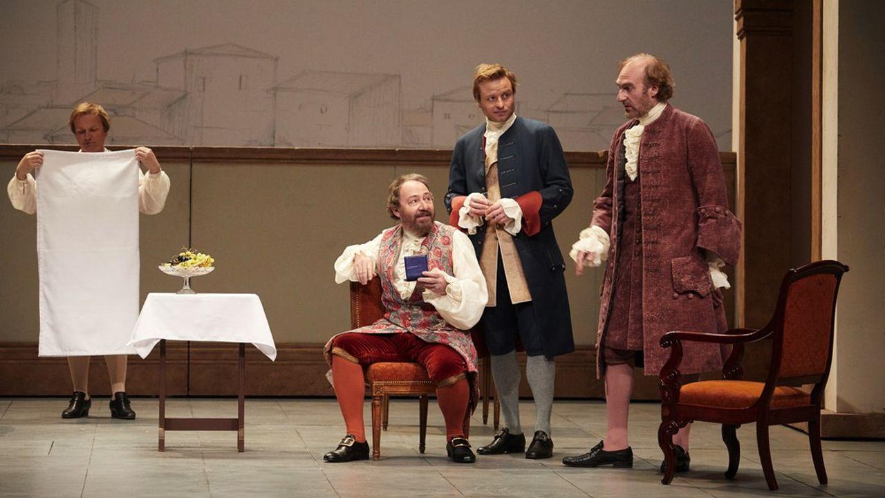 Les acteurs de la troupe aiment échanger avec les mécènes, pour avoir le retour de ces spectateurs bienveillants