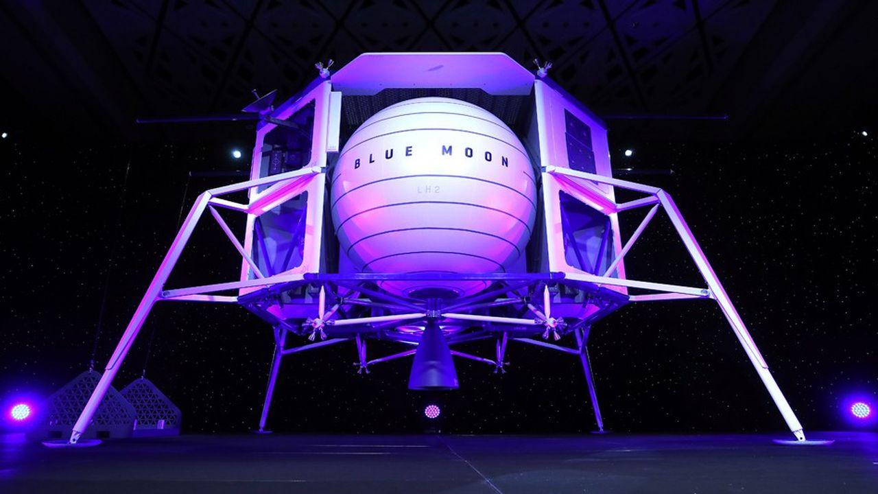 «Nous voulons construire une route vers l'espace. Des choses extraordinaires arriveront alors», a notamment déclaré Jeff Bezos