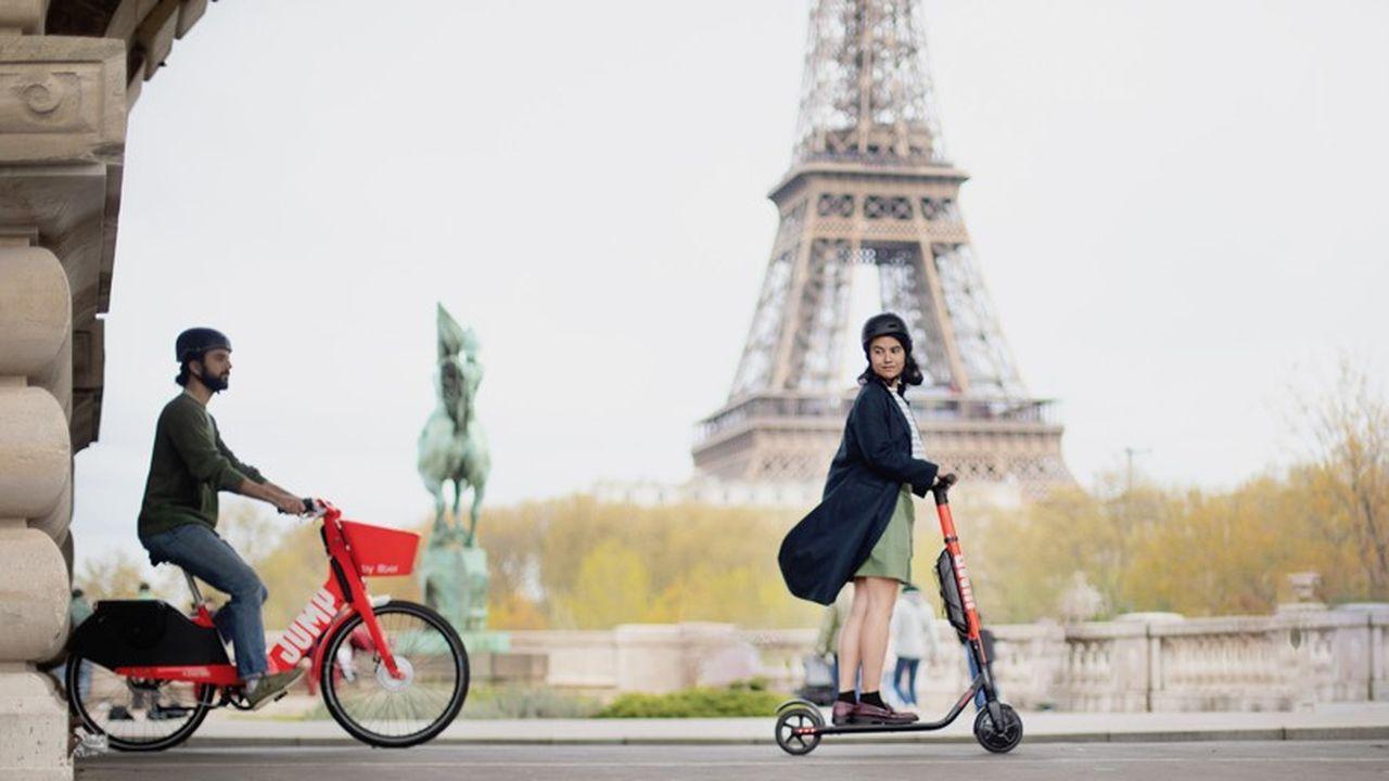 Symbole de sa transformation, Uber est désormais présent à Paris avec ses vélos et trottinettes.