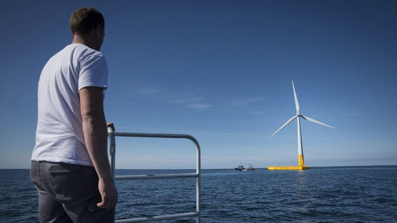 Floatgen est un projet pilote d'éolienne offshore coordonné par la start-up Ideol. Cette éolienne de 2 MW érigée sur un flotteur en béton est en cours de test au large du Croisic sur le site expérimental de l'Ecole centrale Nantes.
