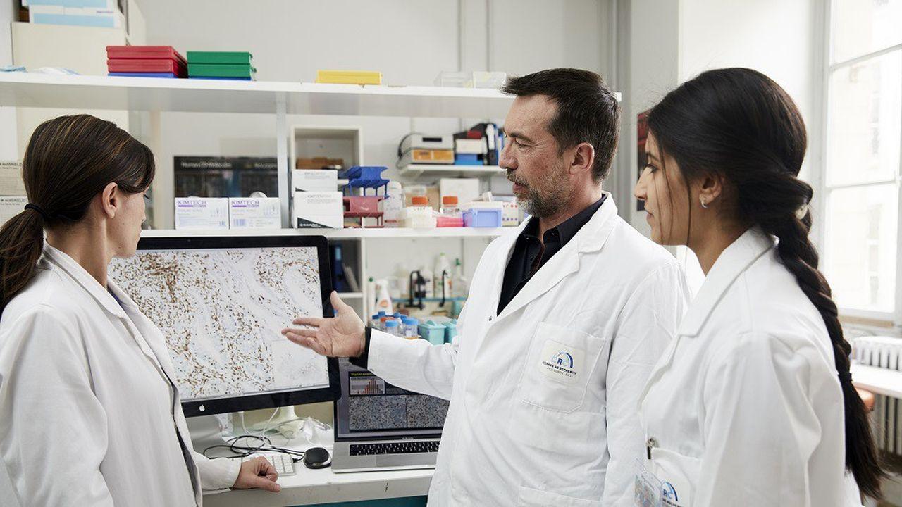 Jérôme Galon, chercheur en oncologie, est le seul Français finaliste du Prix de l'inventeur européen 2019.