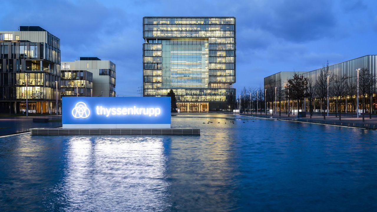 L'allemand bicentenaire Thyssenkrupp a renoncé au mariage de ses activités acier avec Tata, secteur plombé par les surcapacités mondiales, comme à sa scission en deux entités distinctes.