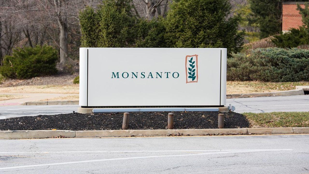 Glyphosate : des personnalités fichées secrètement au profit de Monsanto
