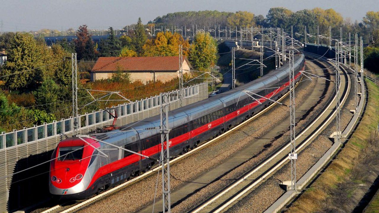 Dans son plan stratégique, Ferrovie dello Stato prévoit d'investir 12milliards d'euros dans son matériel roulant en portant son effort cette fois non plus sur la grande vitesse mais sur les trains régionaux.