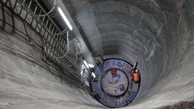 Douze puits sont en cours de creusement sur le chantier de la future gare.