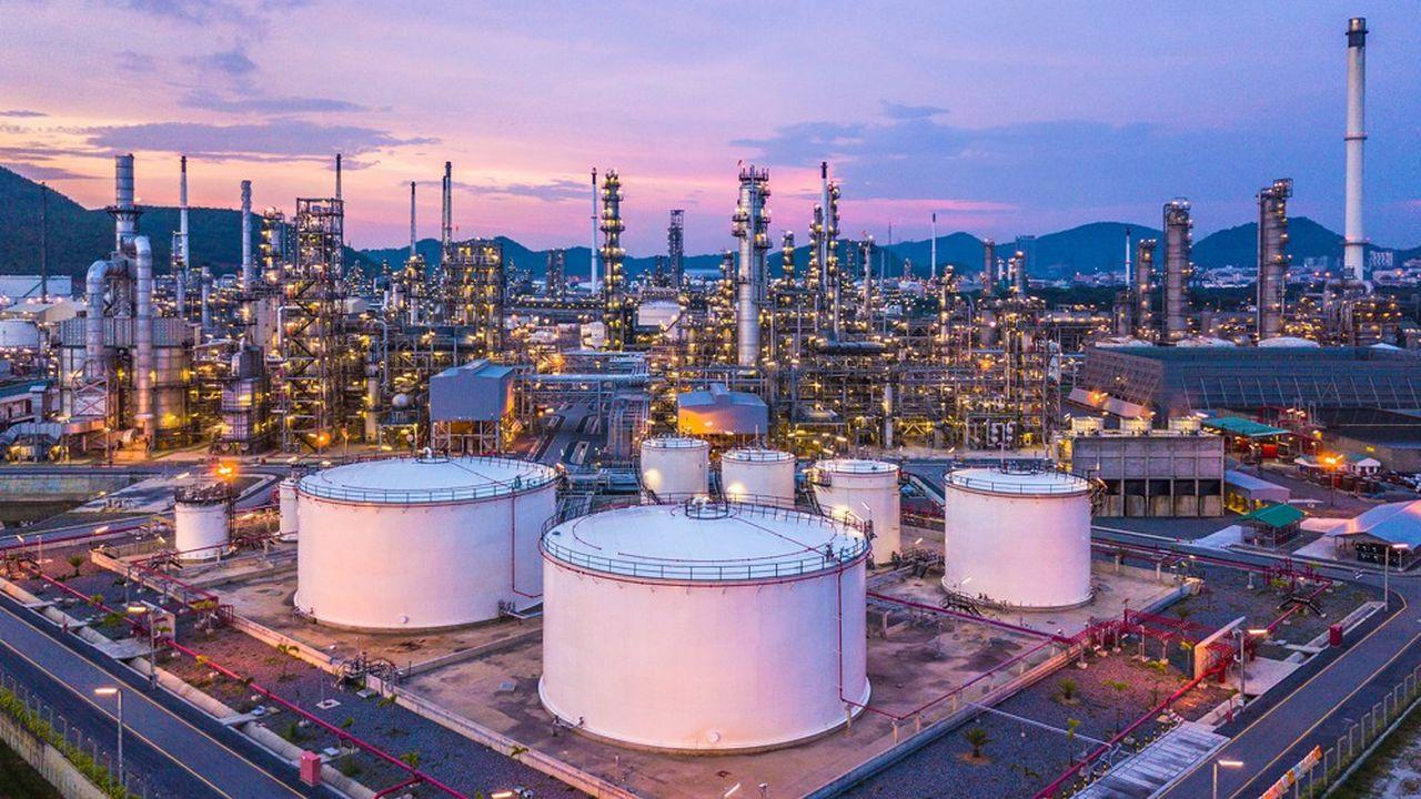 Les pétroliers s'attaquent à leurs émissions de CO2 | Les Echos
