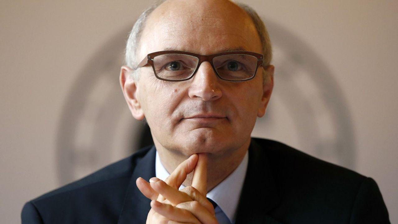 Selon Didier Migaud, le premier président de la Cour des comptes, il faudra «réexaminer le partage actuel des recettes et des charges entre l'Etat et les autres administrations publiques».