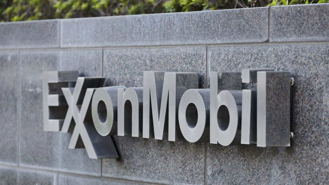 Un groupe d'actionnaires mené par le fonds de pension des fonctionnaires de l'Etat de New York s'est lancé depuis quelques années dans une bataille contre le géant ExxonMobil, pour obtenir davantage d'engagements de sa part en matière de lutte contre le réchauffement.