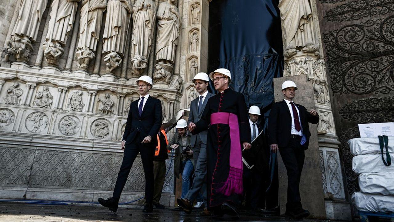 Le ministre français de la Culture, Franck Riester, en visite ce mercredi à Notre-Dame avec le Premier ministre canadien Justin Trudeau.