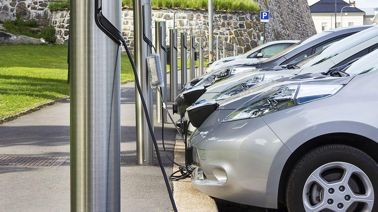 Les véhicules électriques font l'objet d'un net soutien de la part des loueurs longue durée.
