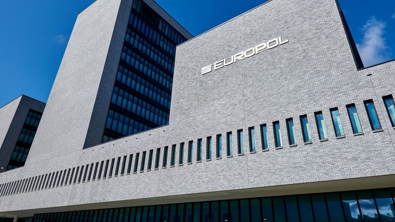 Europol, ainsi que les autorités américaines, allemandes, bulgares ou encore ukrainiennes ont participé au démantèlement du réseau