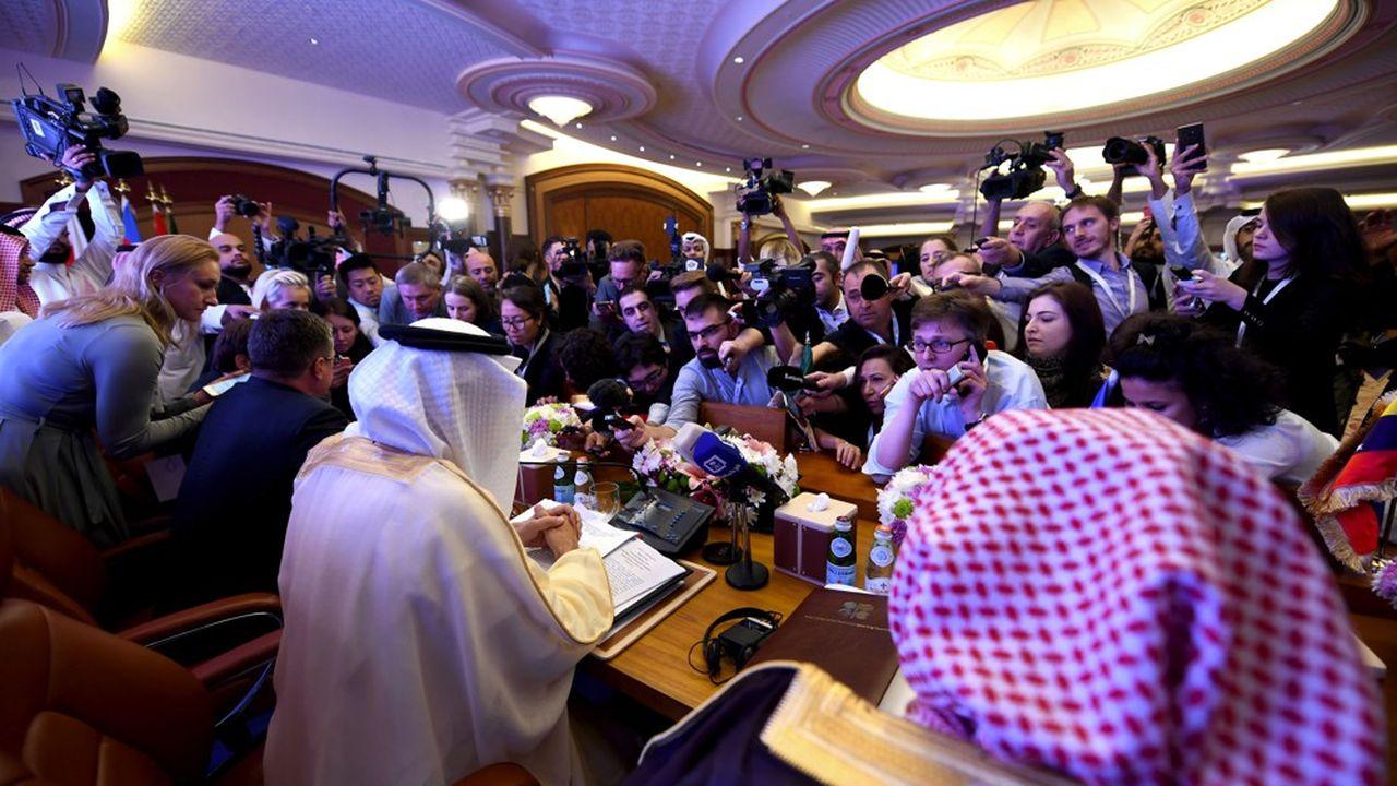 L'Arabie saoudite et les Emirats arabes unis ont estimé dimanche qu'il n'y avait pas matière à augmenter la production de pétroleAmer Hilabi  AFP