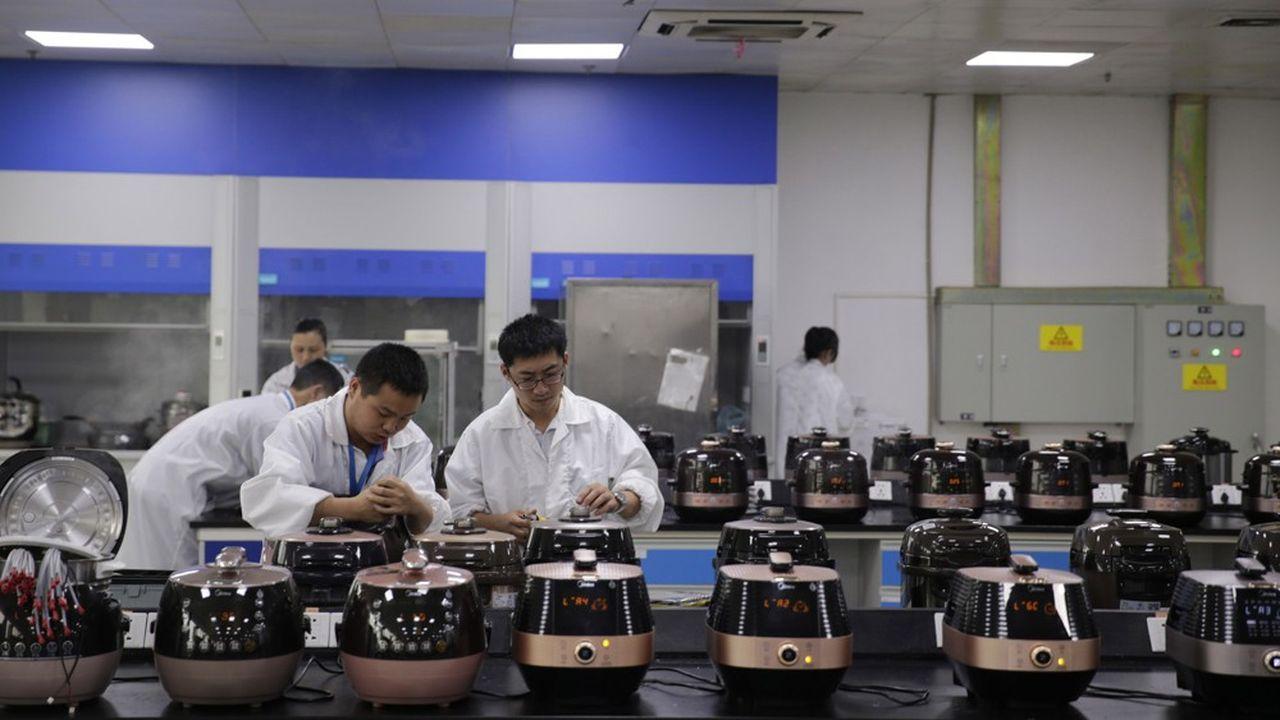 En Allemagne, le rachat de Kuka par le Chinois Midea (photo) a suscité un électrochoc et fait évoluer les mentalités.
