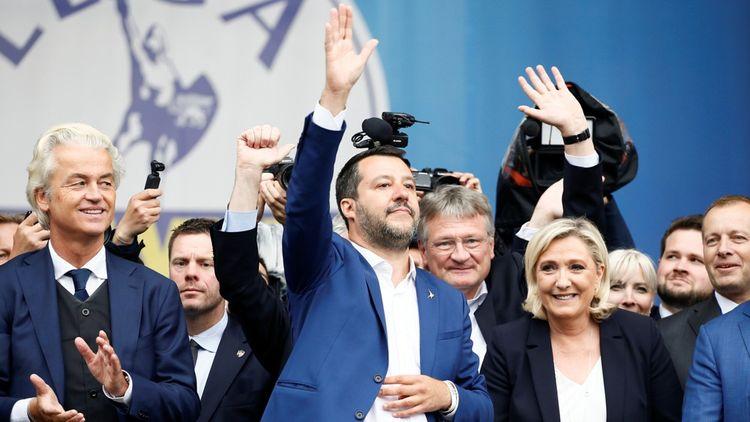 Le ministre de l'Intérieur italien Matteo Salvini a rassemblé samedi dernier dans son fief de Milan les représentants d'une dizaine de partis nationalistes européens dont Marine Le Pen etle Néerlandais Geert Wilders