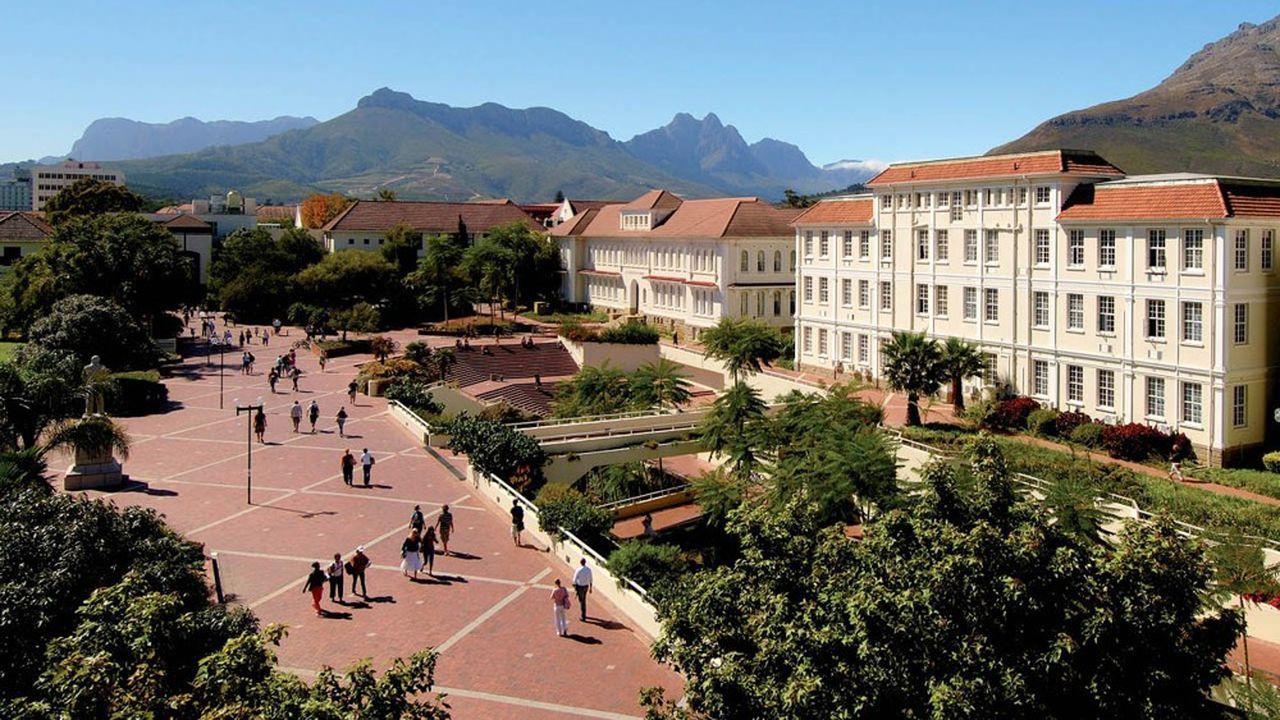 Au Cap (Afrique du Sud), Skema business school sera implantée sur le campus de Stellenbosch.