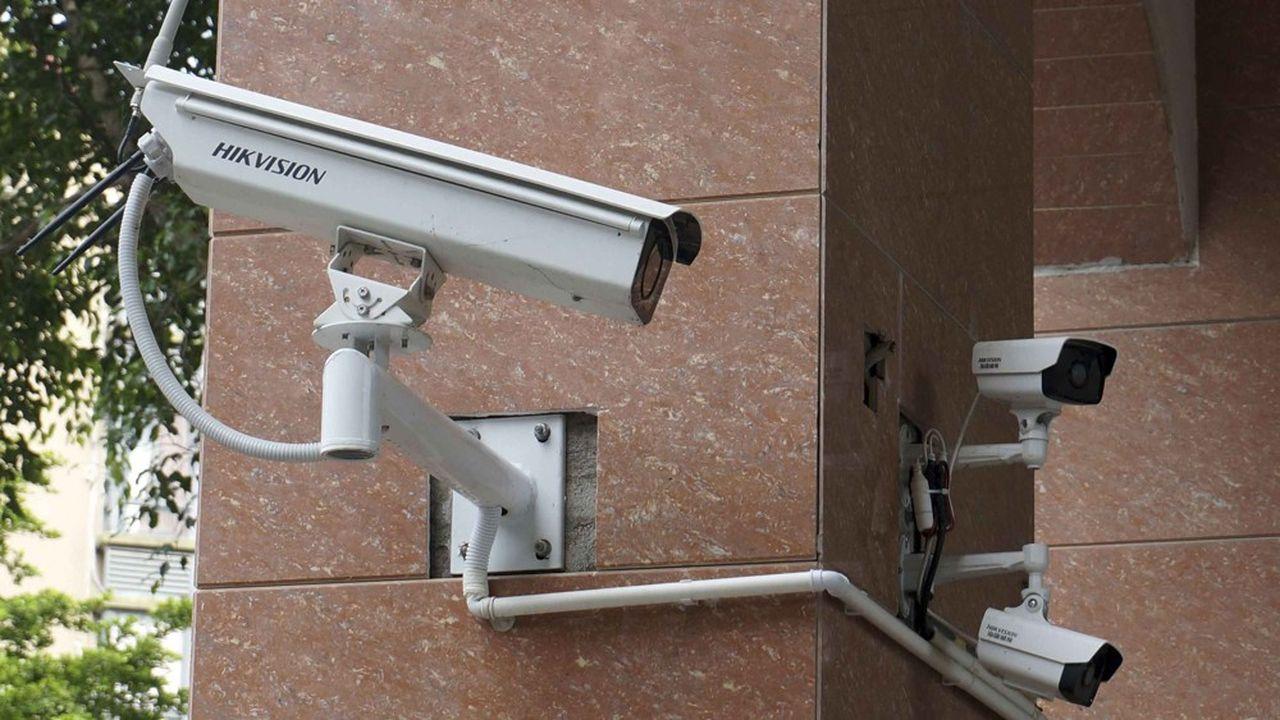 Créée en 2011, Hikvision a largement profité des efforts sans précédent des autorités chinoises pour renforcerun système de surveillance généralisée de la population.