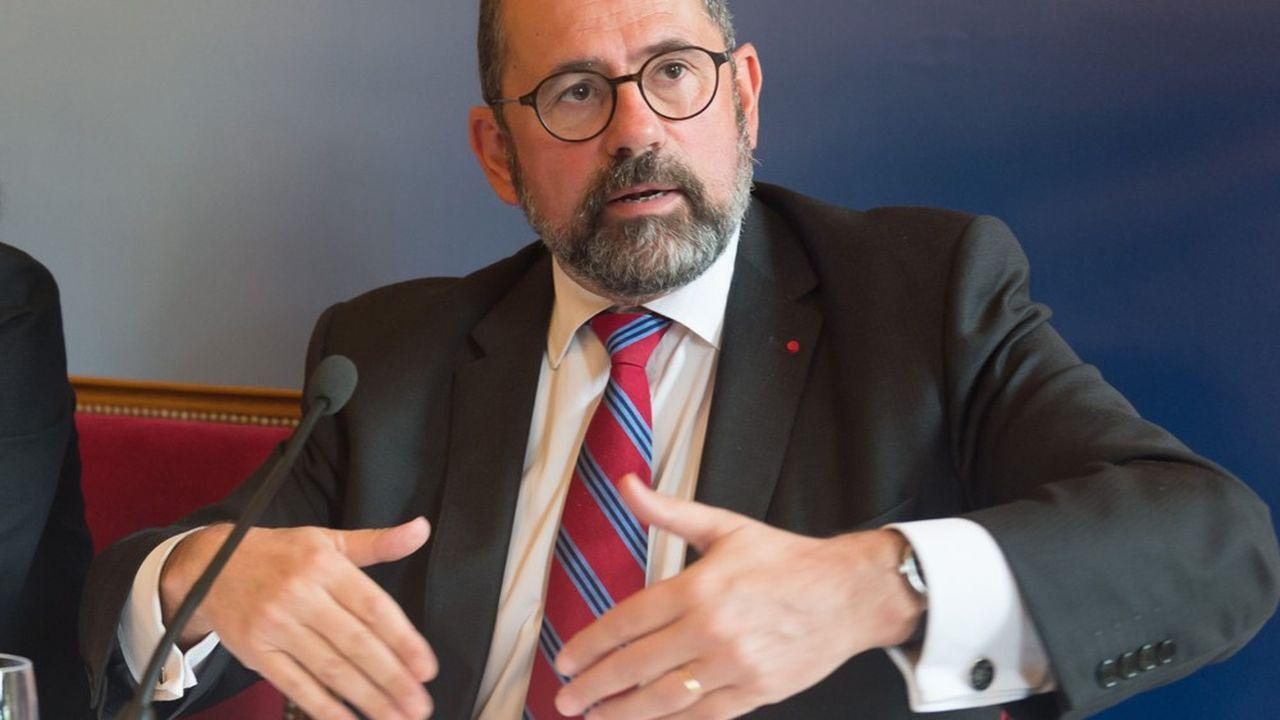 Philippe Laurent, maire Sceaux, numéro3 de l'Association des Maires de France et Président du CSFPT.