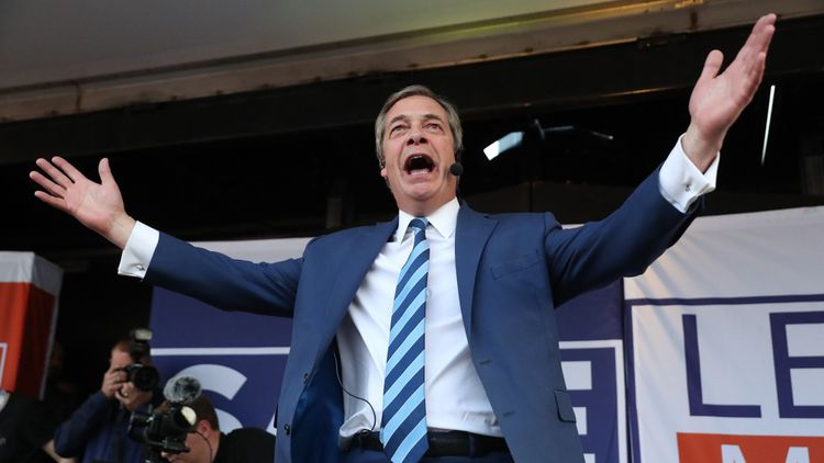 Le Britannique Nigel Farage, dont le Brexit Party caracole en tête des sondages (37 %), s'est toujours montré réticent à l'idée de s'allier avec Marine Le Pen.
