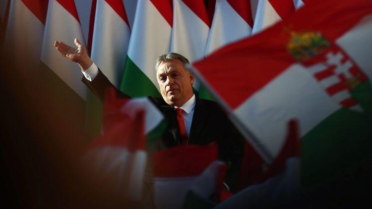 Le Premier ministre hongrois, Viktor Orban serait une prise majeure pour la famille souverainiste et nationaliste.