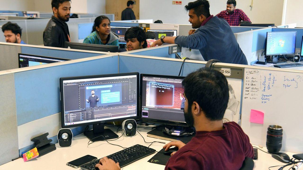 D'après l'institut de recherche HFS, 750.000postes peu qualifiés devraient disparaître d'ici à2022 sur le sous-continent indien.