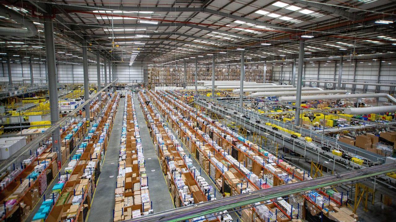 Amazon reste le premier site préféré des Français pour faire leurs achats en ligne, selon la Fevad