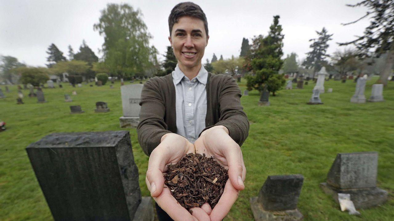 Katrina Spade, fondatrice et CEO de Recompose, une société qui espère utiliser le compostage comme une alternative à l'inhumation.