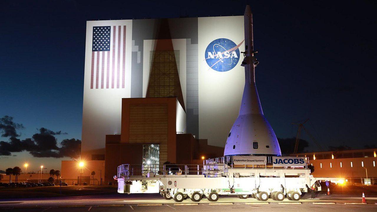 La capsule Orion en préparation pour un test d'annulation de mission.