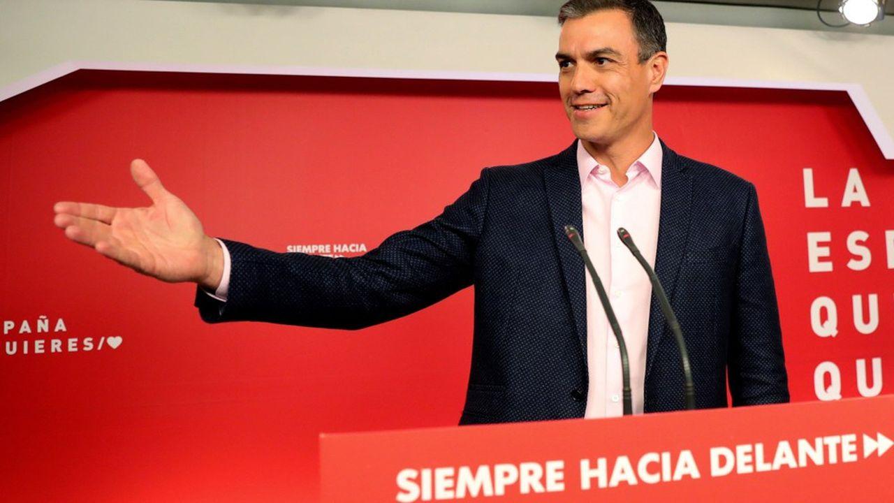 Un mois après la victoire de Pedro Sánchez aux législatives, le PSOE gagne les européennes avec 33 % des suffrages et 20 eurodéputés.