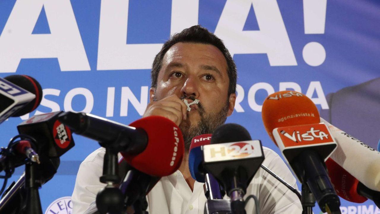Pour la presse belge, Matteo Salvini renforce son emprise en Italie grâce à sa victoire aux Européennes.