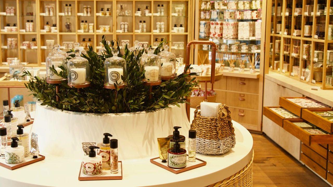 L'ouverture de boutiques à son nom est devenue un axe fort de la stratégie de Panier des Sens.