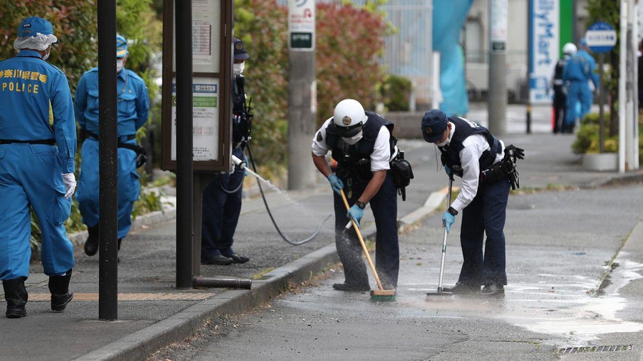 Arrivée sur place peu après 7h45, la police a sécurisé les lieux pour faciliter le travail des pompiers et des ambulanciers