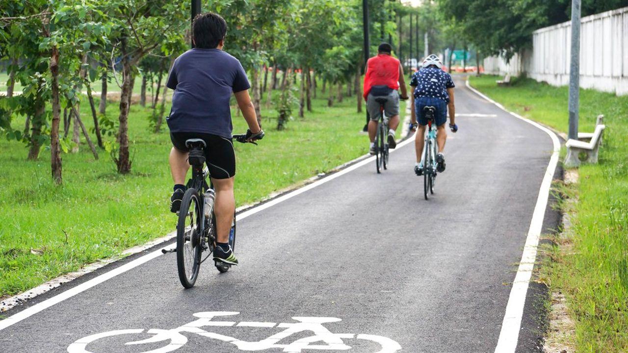 A la veille des JO de 2024, le département compte améliorer son image en développant la pratique du vélo.