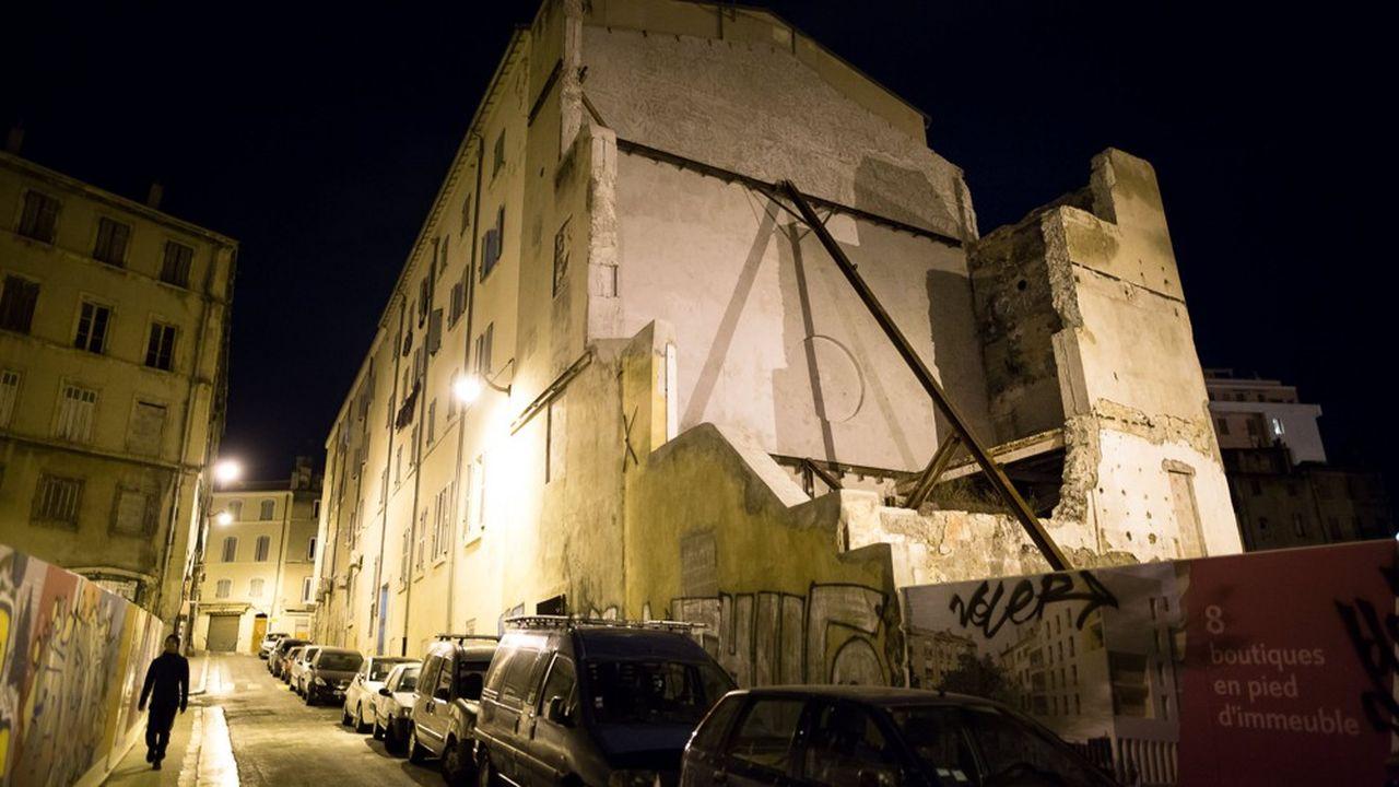 Des immeubles délabrés à Marseille.