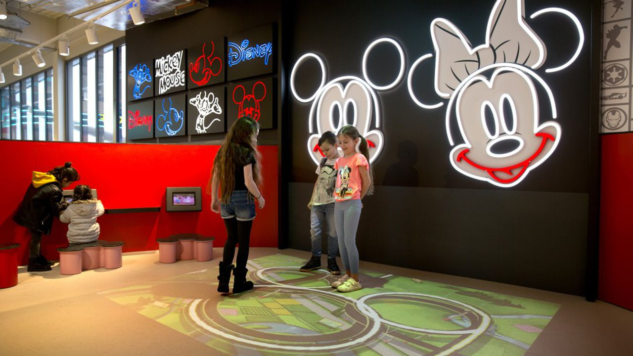 Kylii Kids a déployé 750 écrans dans 20 pays, notamment chez Kiabi, aux Galeries Lafayette ou chezE.Leclerc pour les magasins français.