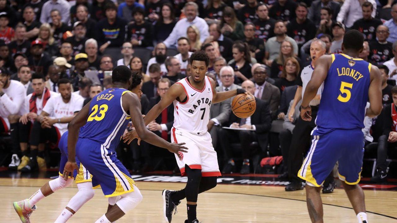 Cela fait déjà trois saisons que certains matchs de basket sont disponibles en réalité virtuelle aux Etats-Unis.
