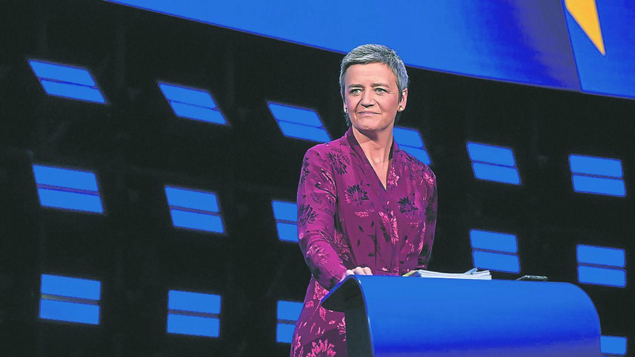 Si Margrethe Vestager, la Danoise qui pilote la politique de la Concurrence à Bruxelles, s'est taillée une réputation de dure face aux géants du web, elle a aussi appliqué à la lettre les règles européennes en matière de surveillance de la concentration - y compris au sujet d'Alstom et Siemens...